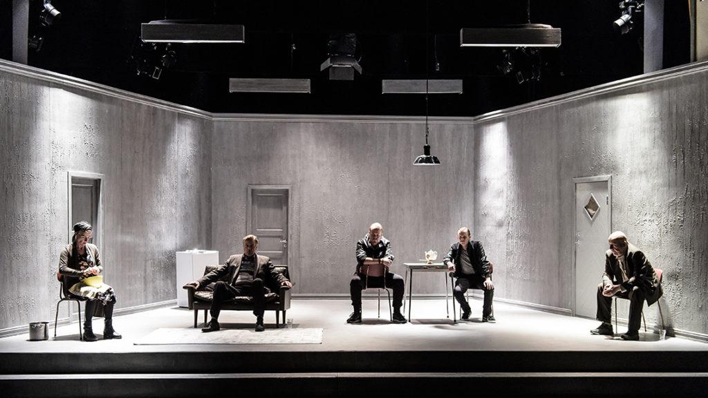 Hvem har æren? Centralteatret, Oslo Nye Teater,Milja Salovaara